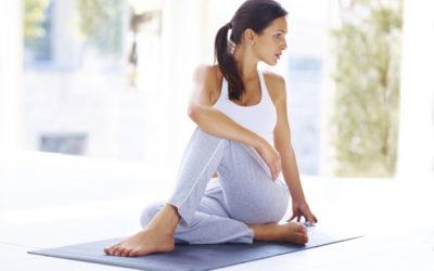 Yoga : 10 postures faciles pour soulager le mal de dos