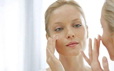 Retrouvez une belle peau sans imperfections ni boutons grâce à cette crème !